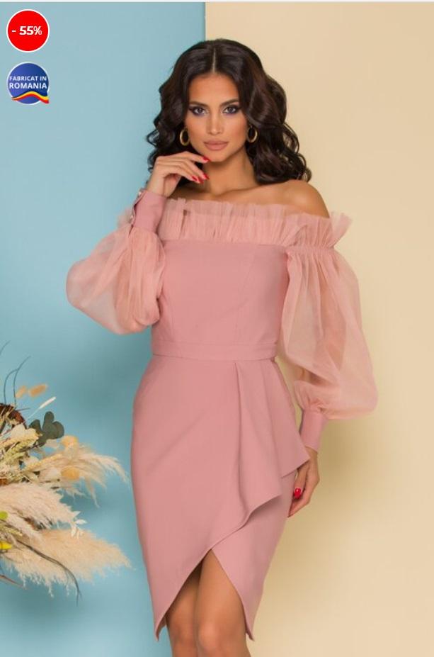 Rochie roz pudrat cu maneci din tull