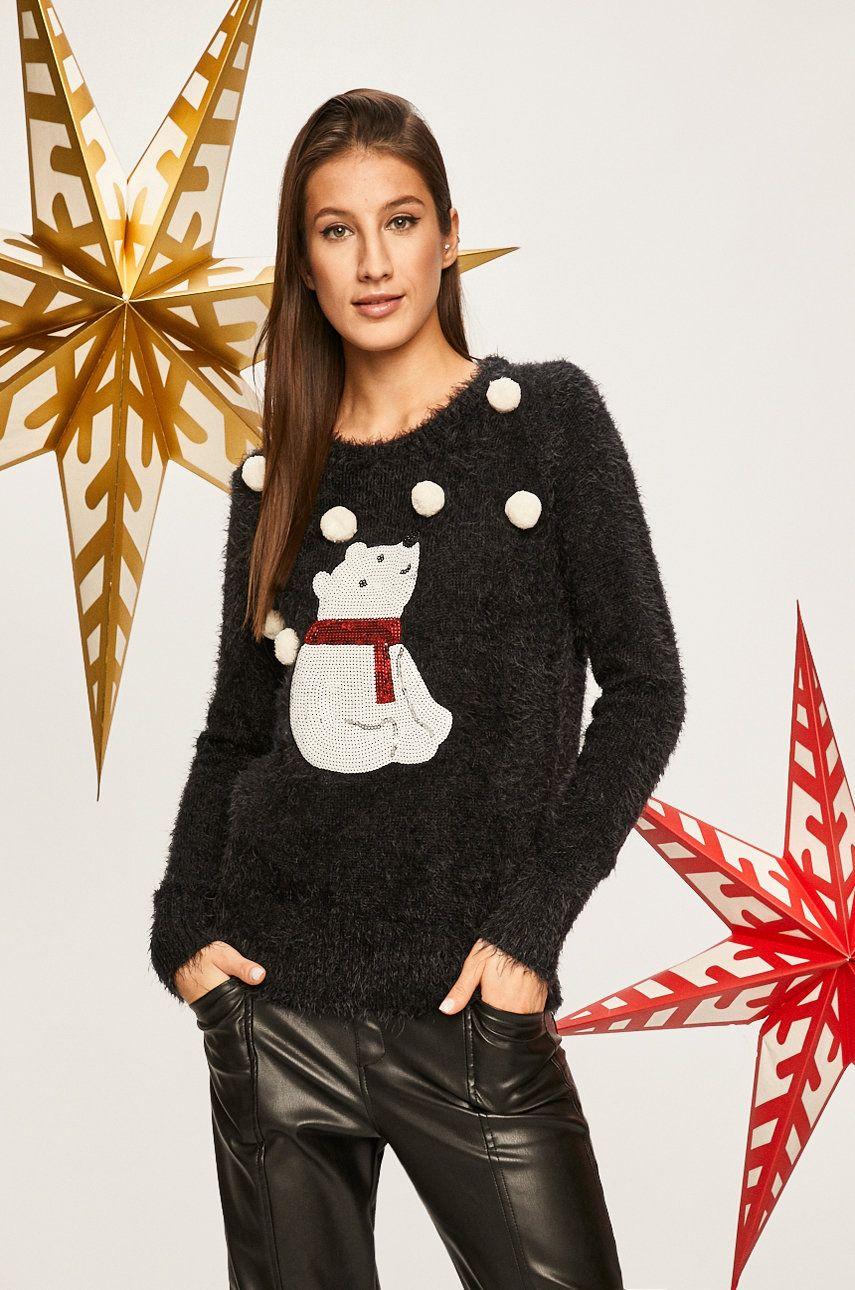 pulover de iarna negru, pufos, cu urs polar
