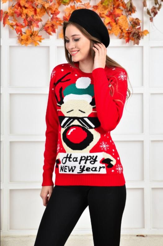 pulover pe langa gat, rosu, cu ren, mesaj happy new year