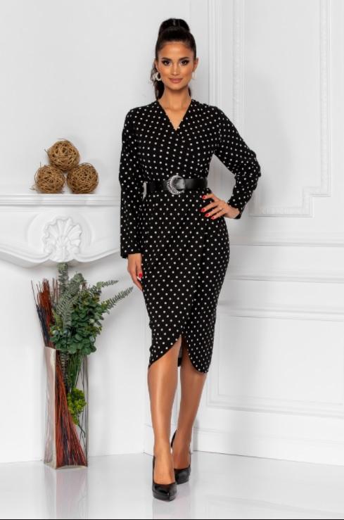 Rochie midi eleganta cu imprimeu buline, este perfecta pentru o tinuta cu stil
